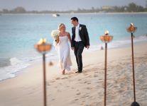 A-beach-wedding-in-the-Cayman-Islands