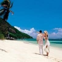 The-Seychelles-typical-beach