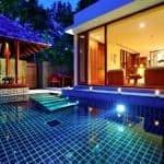 Pool Residence