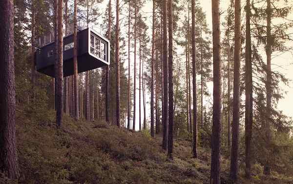 cabin_exterior1_2